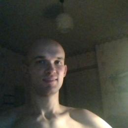 Молодой человек, спортивного телосложения, Краснодар