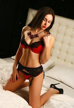 Шаловливая девушка познакомится с мужчиной для страстного секса в Краснодаре