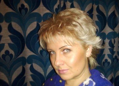 Женщина ищет мужчину для секса без обязательств в Краснодаре